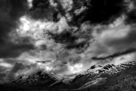 http://www.dreamstime.com/royalty-free-stock-images-clouds-thompson-pass-alaska-image26038279